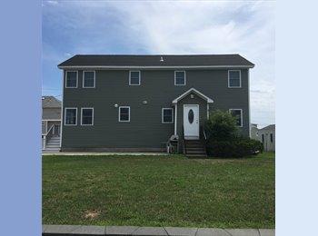 EasyRoommate US - Shoreline Rental, East Haven - $650 /mo