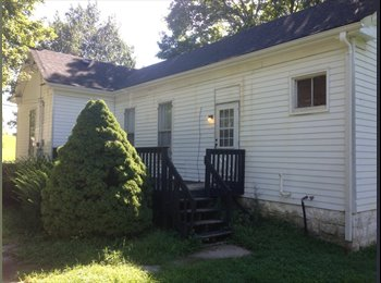 EasyRoommate US - 2 BEDROOM FOR FAST MOVE IN!, Crestwood - $650 /mo