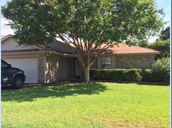 EasyRoommate US - North Fort Worth room for rent, Watauga - $700 /mo