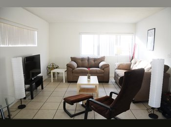 EasyRoommate US - Furnished shared room 7 blocks from beach with all bill inlcuded , Wilshire Montana - $1,395 /mo