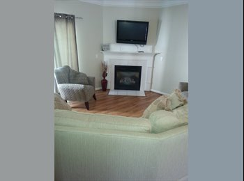 EasyRoommate US - Nice town home with great amenities in safe neighborhood, Apex - $575 /mo