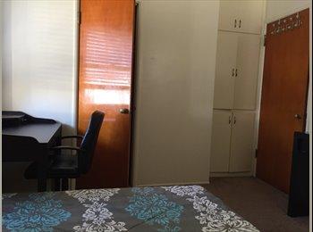 EasyRoommate US - Catalina Gardens apartment, Los Angeles - $800 /mo