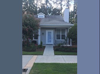 EasyRoommate US - 3 bedroom apartment- one room available for rent at Greenway Village, Wilmington - $360 /mo