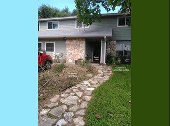 EasyRoommate US - ROOM IN WONDERFUL SOUTH AUSTIN HOME , Austin - $600 /mo