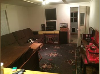 EasyRoommate US - Private and quiet farmhouse, Lakewood - $1,000 /mo