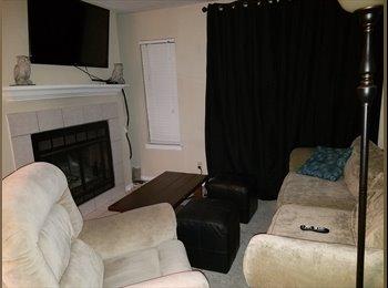 EasyRoommate US - 2 bedroom 1.5 bath, Bryan - $760 /mo