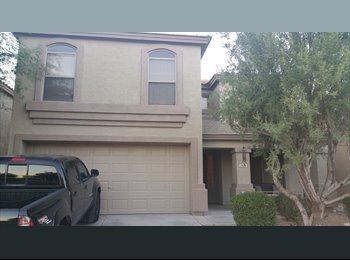 EasyRoommate US - 2200 Sq foot home 4 bedrooms located by freeway , Phoenix - $600 /mo