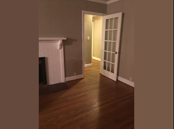 EasyRoommate US - Looking for roommate for Cameron Village house, Raleigh - $575 /mo