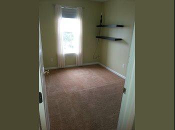 EasyRoommate US - Room for rent - Nice neighborhood, Apex - $400 /mo