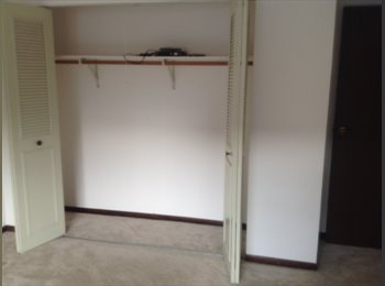 EasyRoommate US - APT TO SHARE, Westmont - $600 /mo