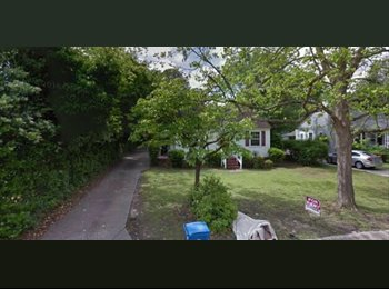 EasyRoommate US - Short Commute For Government and Military Members!, Hope Mills - $550 /mo