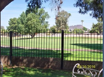 EasyRoommate US - Room with View on the Golf Course, Glendale - $600 /mo