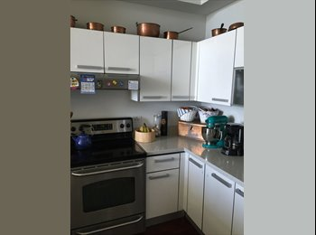 EasyRoommate US - Luxury room, Brickell - $1,000 /mo
