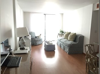 EasyRoommate US - Young Professional Roommate: Nov 1st- Feb. (or longer), Miami Beach - $1,200 /mo