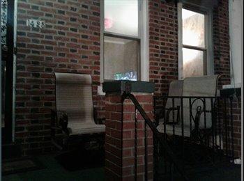 EasyRoommate US - Small room in Capitol Hill Rowhouse ($700), Washington - $700 /mo