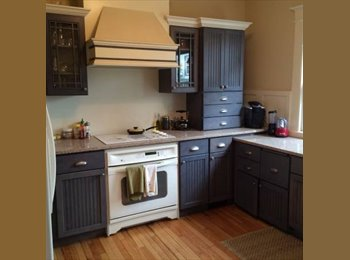 One Bedroom in Nice Heritage Hill Duplex (Heritage Hill)