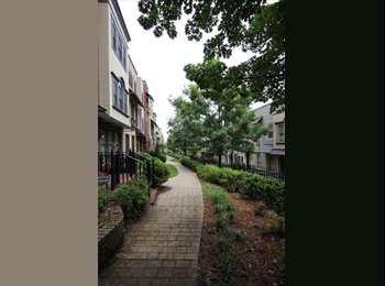 Big Room for rent in Atlantic Station Townhouse
