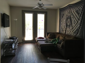 $725 Private Bed/Bath, Unlimited Utilities