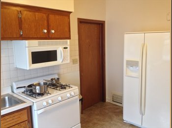 Room available in 3 BD lower half of duplex.