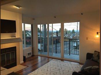EasyRoommate US - Sunny 2 Bedroom Condo in Phinney Ridge, Seattle - $1,000 /mo