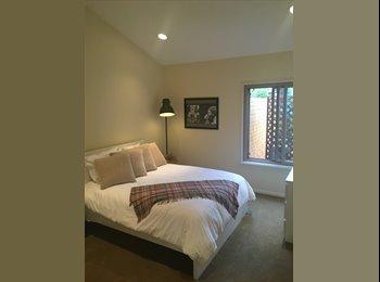 Beautiful Room in Playa!!