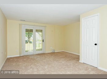EasyRoommate US - Huge Private Bedroom with Private Bath in Kingstowne, includes Utilities, Franconia - $1,200 /mo