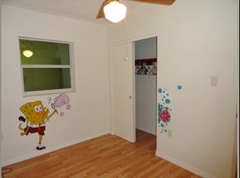 Room for rent in the Lake Formosa, Ivanhoe Village area