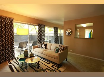EasyRoommate US - Master Bedroom Available in 2BR Villa Downtown Sacramento, Sacramento - $767 /mo