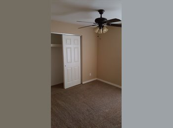 ROOM FOR RENT, AVAIL 11/1/16