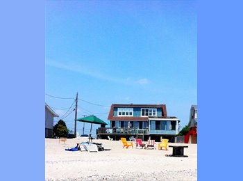EasyRoommate US - House Share - Direct Beachfront, Bridgeport - $950 /mo