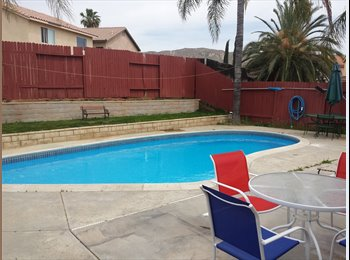 4 bedroom House with swimming pool