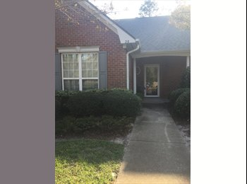 Room for Rent in 2br/2bath apartment close to Wrightsville...