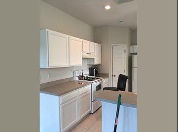EasyRoommate US - Room for Rent, Pebble Creek - $600 /mo