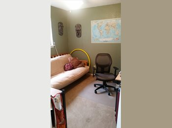 EasyRoommate US - Furnished Private Bdrm + Bath + utilities included, Garrison Park - $750 /mo