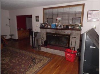 EasyRoommate US - 3 bedroom home , Readville - $650 /mo