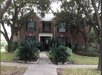 EasyRoommate US - Beautiful house in sugar land , Stafford - $500 /mo