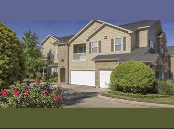 EasyRoommate US - Roommate wanted in beautiful Cypress Villa , Robinson Township - $650 /mo