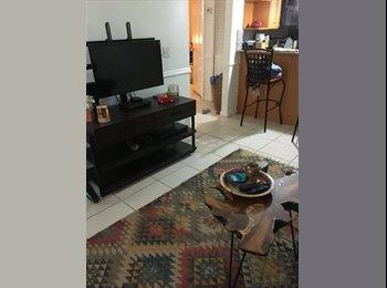 EasyRoommate US - Looking for a roommate! Jacksonville Beach!, Jacksonville Beach - $725 /mo