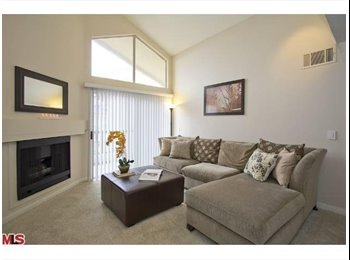 2 BR/2BA CONDO TO SHARE (the MET) WOODLAND HILLS)