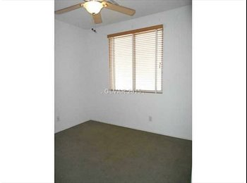 EasyRoommate US - 2 rooms for rent garage for a car option add $50, Silverado Ranch - $400 /mo