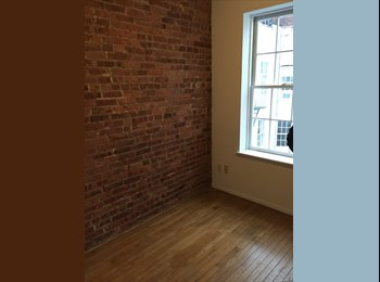 EasyRoommate US - 1BR in furnished 2BR apt in UES, Yorkville - $1,400 /mo
