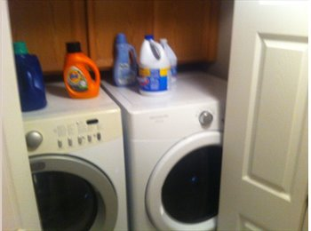 Room Available now, No Contract, No Credit Check, Close to...