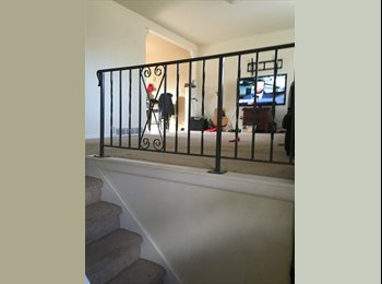 2 rooms available in nice house - monthly cost $445-485...