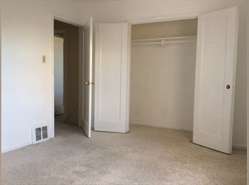 EasyRoommate US - Room available in Inner Sunset , Outer Sunset - $900 /mo
