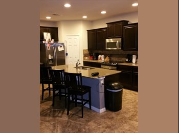 EasyRoommate US - 1 room for rent in 3br/2.5 bath house, Southpark Meadows - $650 /mo