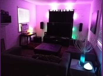 Room For Rent in 4BD/2BA House in Awesome Area, Chill...