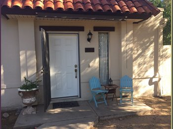 EasyRoommate US - One to two rooms for rent, North Mountain Village - $500 /mo