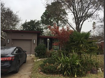 Room available Jan 1st for 500/month; 2 MILES FROM UTA