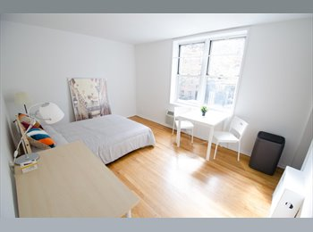Bright, comfortable studio in heart of Upper East Side!