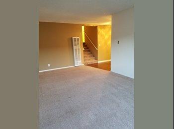 EasyRoommate US - Gotta see beautiful split level apartment - Room for Rent, Cerritos - $550 /mo
